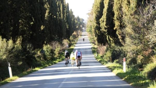 Domenica 6 marzo la Granfondo Val di Cecina (foto dal sito Ciclisticacecina.com)