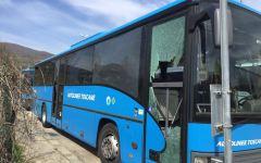 Rufina: vandali danneggiano bus di Autolinee Toscane. Hanno rotto i vetri di un mezzo in sosta