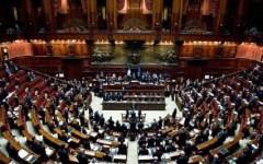 Parlamento: ecco i redditi dei politici (dichiarazioni 2015) pubblicati sul sito. E quanto guadagnano Matteo Renzi, Denis Verdini, Altero Ma...