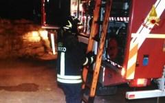 Pisa: paura per incendio in una palazzina occupata da magrebini