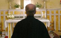 Siena: preti e anziani raggirati dal business delle donazioni caritatevoli