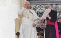 Papa Francesco apre al diaconato femminile: «una possibilità per oggi»