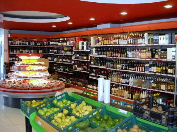 arredamenti-negozi-alimentari-lo-01