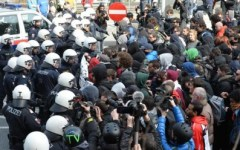 Brennero: manifestazione di anarchici per abbattere le frontiere. Ingente lo schieramento di polizia austriaca