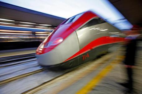 Frecciarossa treno alta velocità