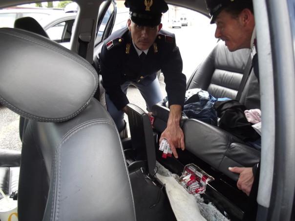 Contrabbando sigarette polizia