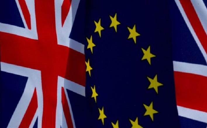 Brexit, marcia indietro dei britannici
