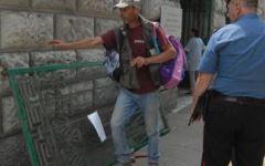 Carrara: due bimbi travolti da cancello della scuola elementare Saffi, feriti leggermente