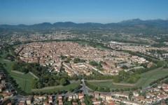 Lucca: auguri di morte al sindaco Tambellini. Per una delibera giudicata antifascista e antirazzista