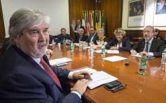 Pensioni: governo-sindacati, vertice il 29 luglio. Da Ape a proroga Cig. Servono 2 miliardi e mezzo (che Renzi non ha)