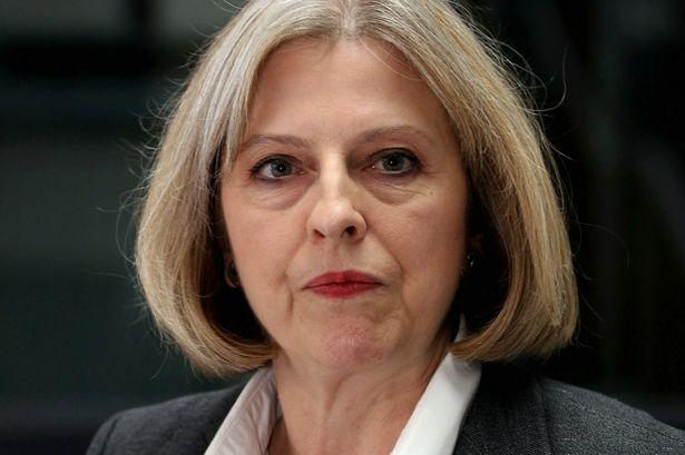 Brexit, Londra valuta una tassaper chi assume lavoratori dell'Ue