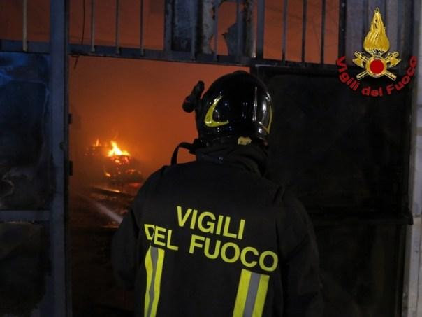 Incendi pompieri vigili fuoco