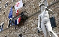 Firenze, il sindaco Nardella: «Tutti in piazza Signoria per la Francia.#PrayforNice». Stasera, 15 luglio, alle 19
