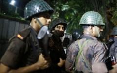 Dacca (Bangladesh): commando armato attacca un ristorante. Presi alcuni ostaggi, lanciate bombe