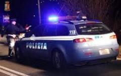 Empoli: spacciatore 21enne a piedi sulla Fi-Pi-Li, individuato e arrestato dalla polizia stradale
