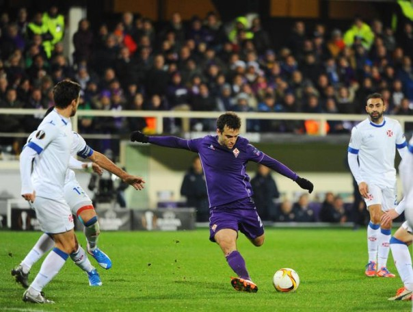 Fiorentina's Giuseppe Rossi in action during the soccer match Acf Fiorentina vs Os Belenenses at Artemio Franchi stadium in Florence, Italy, 10 December 2015. ANSA/MAURIZIO DEGL'INNOCENTI