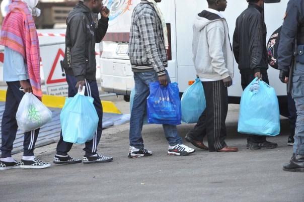 Immigrati profughi rifugiati migranti