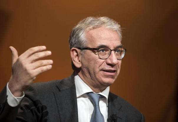 Il presidente delle good bank, Roberto Nicastro nella sede Rai di Saxa Rubra all'interno degli studi televisivi del programma 2Next, Roma 2 febbraio 2016 ANSA/MASSIMO PERCOSSI