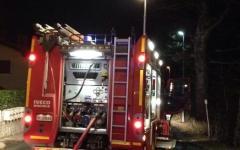 Calenzano: auto cade in un dirupo in località La selva. L'occupante recuperato dai vigili del fuoco