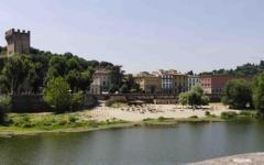 Firenze: senegalese fermato al Monte Bianco. E' accusato della tentata violenza alla tedesca sull'Arno
