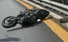 Campiglia d'Orcia (Si): motociclista 59enne muore investito da un'auto