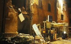 Terremoto: un morto per infarto, paura e notte in bianco per migliaia di sfollati. Evacuati ospedali e carceri