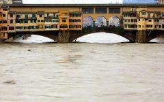 Firenze, Arno: nella notte è passata la seconda piena. Possibili problemi per l'erogazione dell'acqua