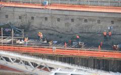 Firenze: il M5S contro il buco della Foster. Non si sa dove portare 3 milioni di mc di terra