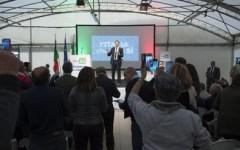 Referendum, Renzi fa tre tappe in Toscana: Piombino, Livorno e Pisa (non senza contestazioni)