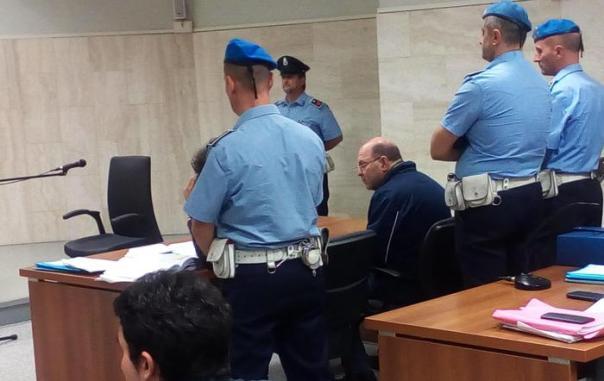 Donna crocifissa, processo a Riccardo Viti