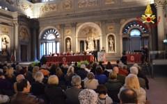 Firenze: alluvione del 1966, premiati i vigili del fuoco per i salvataggi effettuati