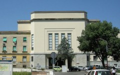 Firenze: cadavere in avanzato stato di decomposizione scoperto in via Boito. Lei non voleva aprire alla polizia