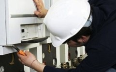 Caldaie, riscaldamento: aumenta il bollino (a 20 euro) ma diminuiscono i controlli