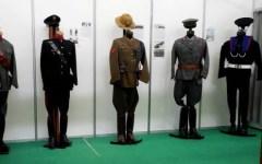 Torino: mostra per i 165 anni della polizia di Stato. Esposte le uniformi storiche