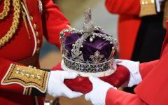 Londra: the Guardian svela il meccanismo che scatterà dopo la morte della Regina. Che gode ottima salute