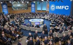 Padoan: rischi politici sono freno alla ripresa. Riunione al Fmi