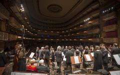 Firenze: al Teatro Verdi Garry Walker sul podio dell'ORT per una serata che celebra Mozart