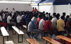 Migranti: centri d'accoglienza in Niger e Ciad per evitare gl'imbarchi. Intesa firmata da Minniti. Una svolta?