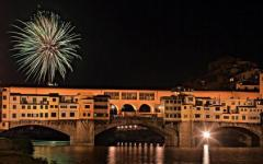 Firenze: fochi di San Giovanni 2017 a numero chiuso. Solo 20mila sui lungarni: varchi e metal detector