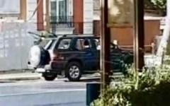 Parigi: uomo tenta d'investire con la sua auto i fedeli fuori della moschea. Nessun ferito