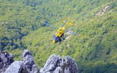 Stazzema (Lu): alpinista muore precipitando in un dirupo