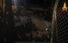 Grosseto: identificati i tre giovani deceduti nel rogo della loro auto. Manca la prova del Dna, chiesta dal magistrato