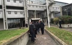Prato: 27enne del Togo molesta 15enne e si ribella agli agenti. Arrestato dalla Polizia