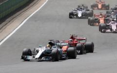 G.P. Silverstone: vince Hamilton, Vettel solo settimo fora una gomma