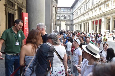 Si rompe l'aria condizionata, la Galleria degli Uffizi chiude al pubblico