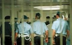 Roma: polizia penitenziaria manifesta davanti al Parlamento