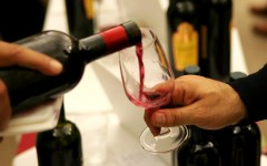 Arezzo: vietato consumare alcol per strada, ordinanza del sindaco