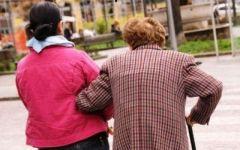 Pensioni: solo l'8% degli anziani può sostenere il costo di una badante