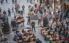 Firenze: studenti del Michelangelo cantano la Carmen in via Martelli