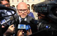 Livorno: sindaco Nogarin indagato per turbativa d'asta